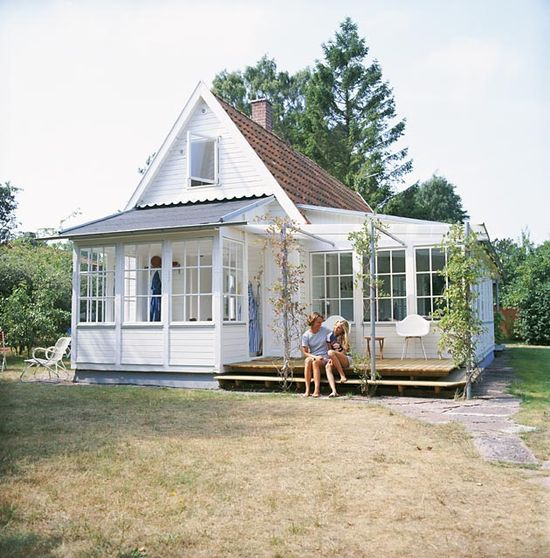 Stupendous Which Tiny House Foundation Is Right For You Largest Home Design Picture Inspirations Pitcheantrous