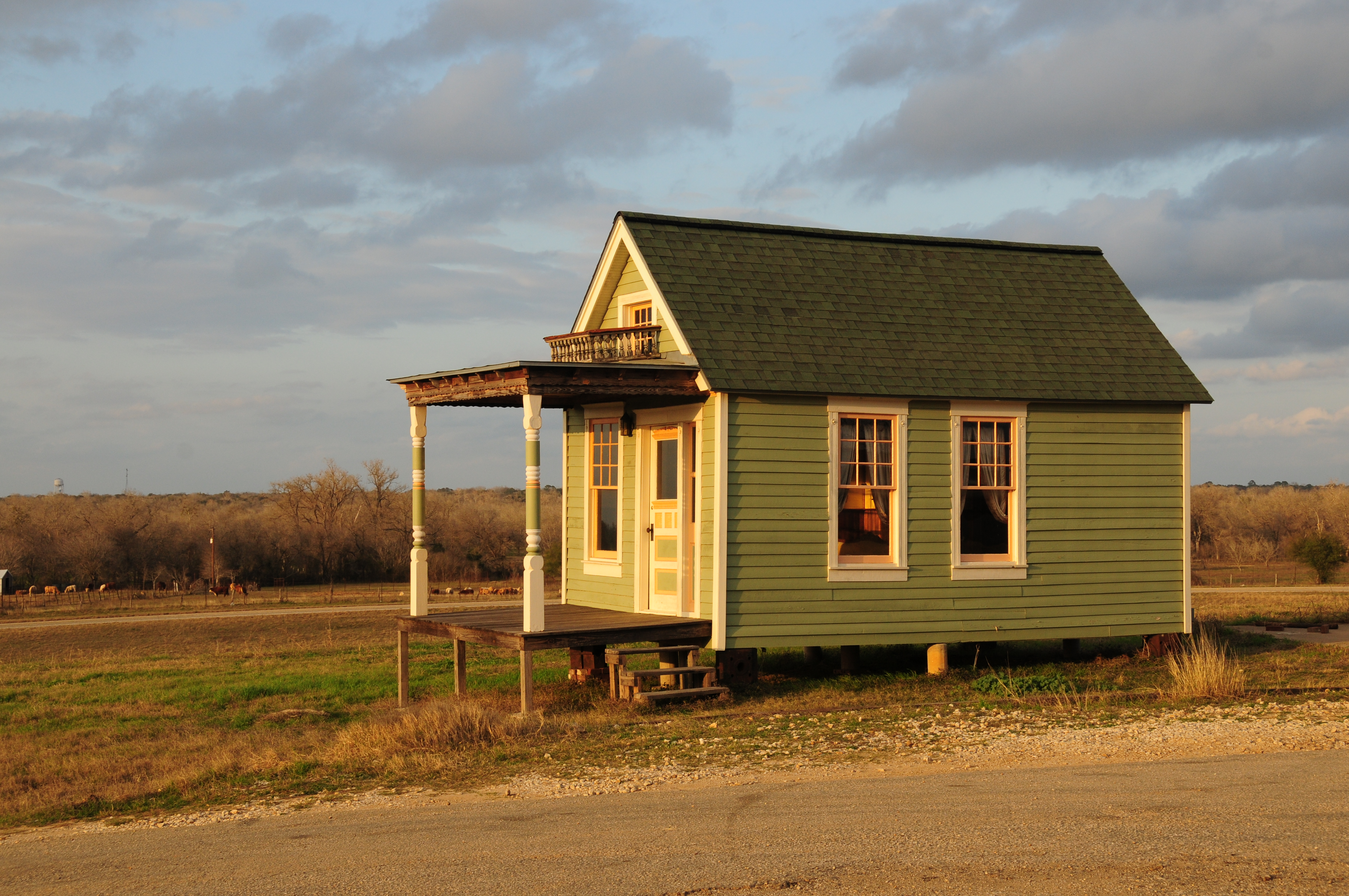 Fantastic Which Tiny House Foundation Is Right For You Largest Home Design Picture Inspirations Pitcheantrous